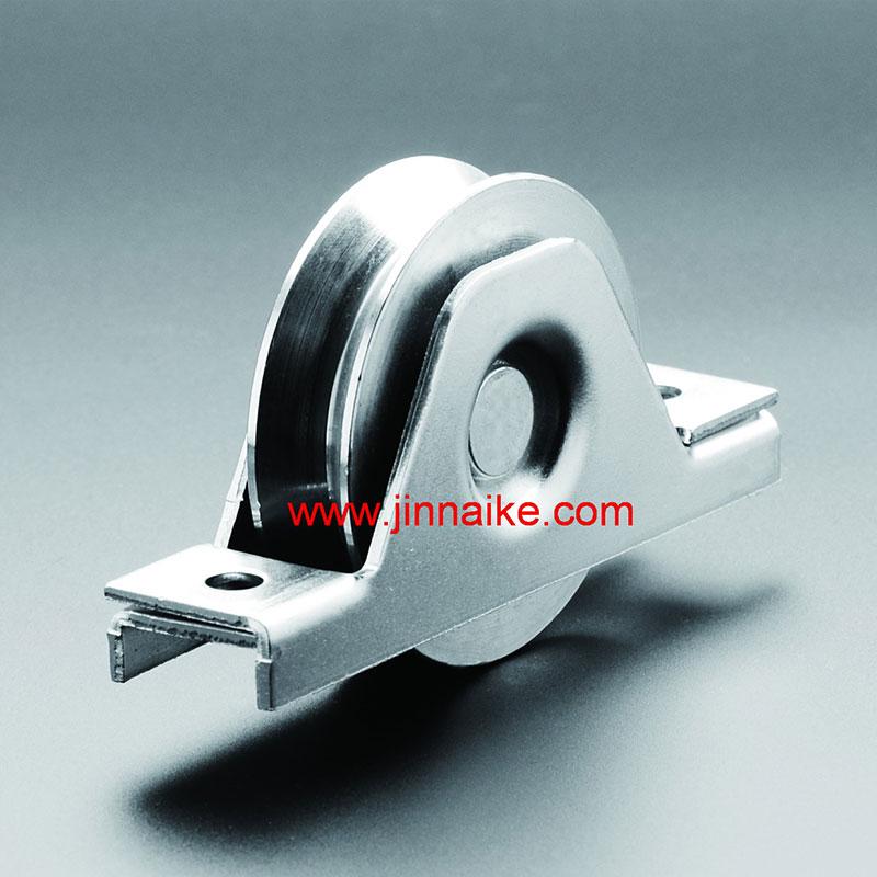 Ролик раздвижных металлических ворот с внутренним кронштейном